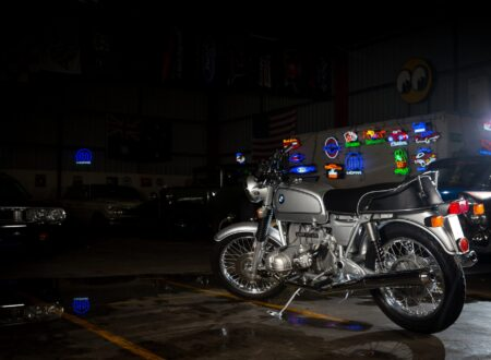 AM6P0603 450x330 - Immaculately Restored: BMW R75/6