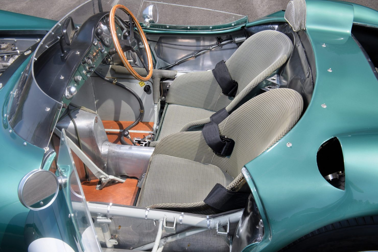 aston martin dbr1 4 1480x987 - 1956 Aston Martin DBR1