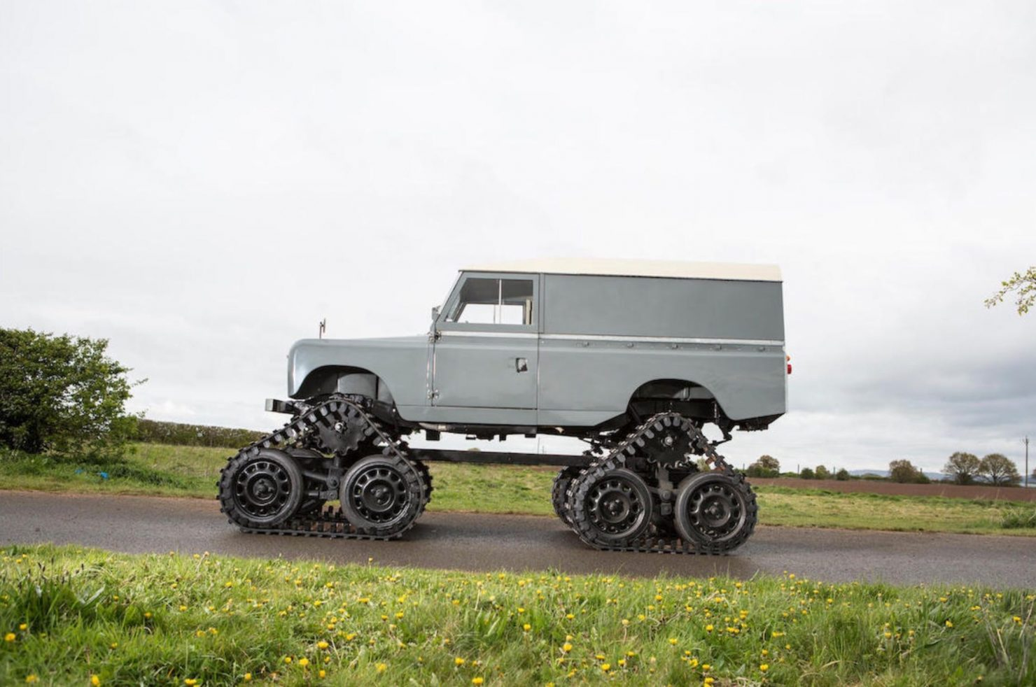 land rover Cuthbertson 18 1480x982 - 1958 Tracked Cuthbertson Land Rover
