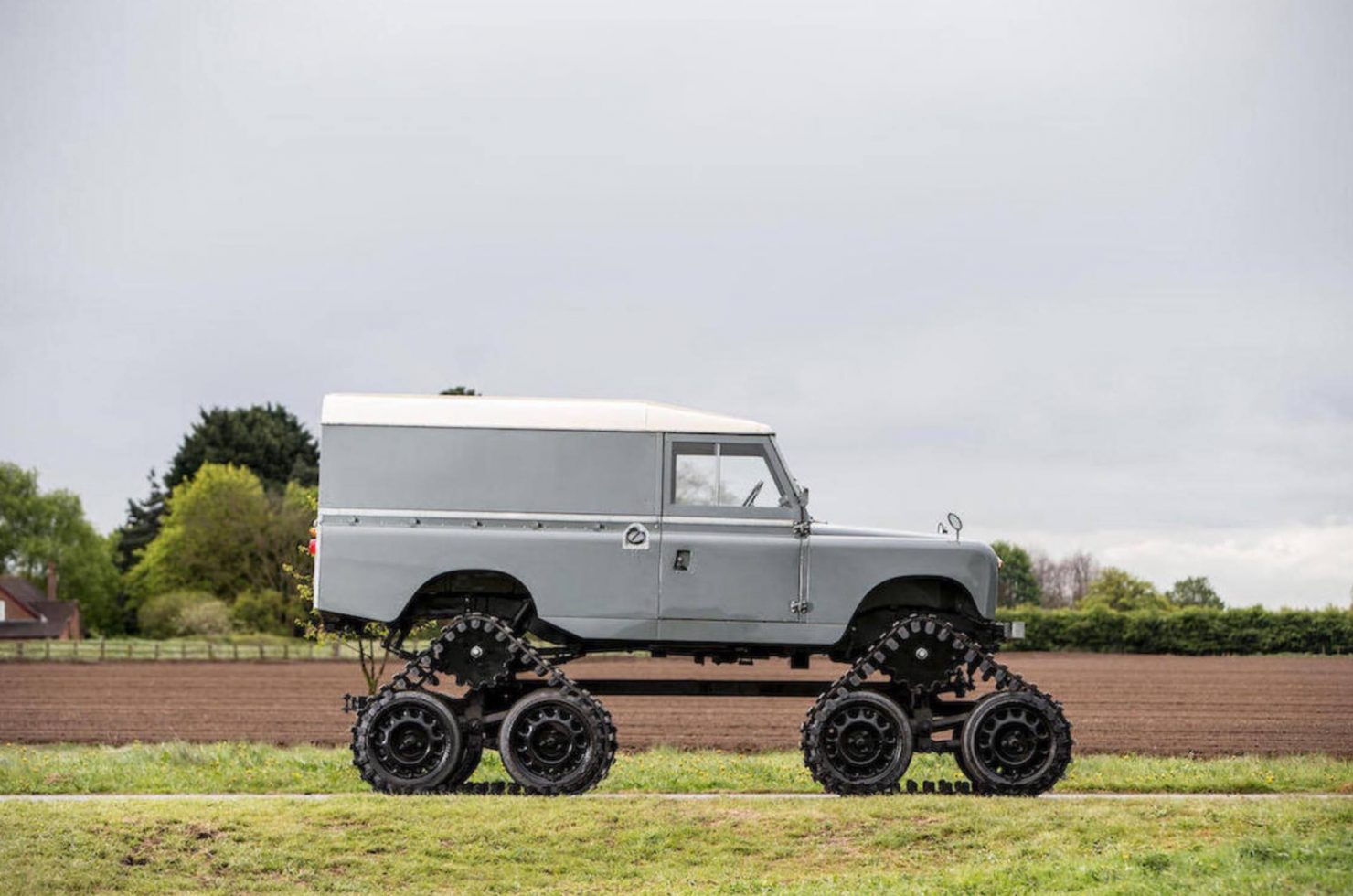 land rover Cuthbertson 6 1480x980 - 1958 Tracked Cuthbertson Land Rover