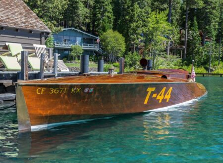 mahogany speed boat 4 450x330