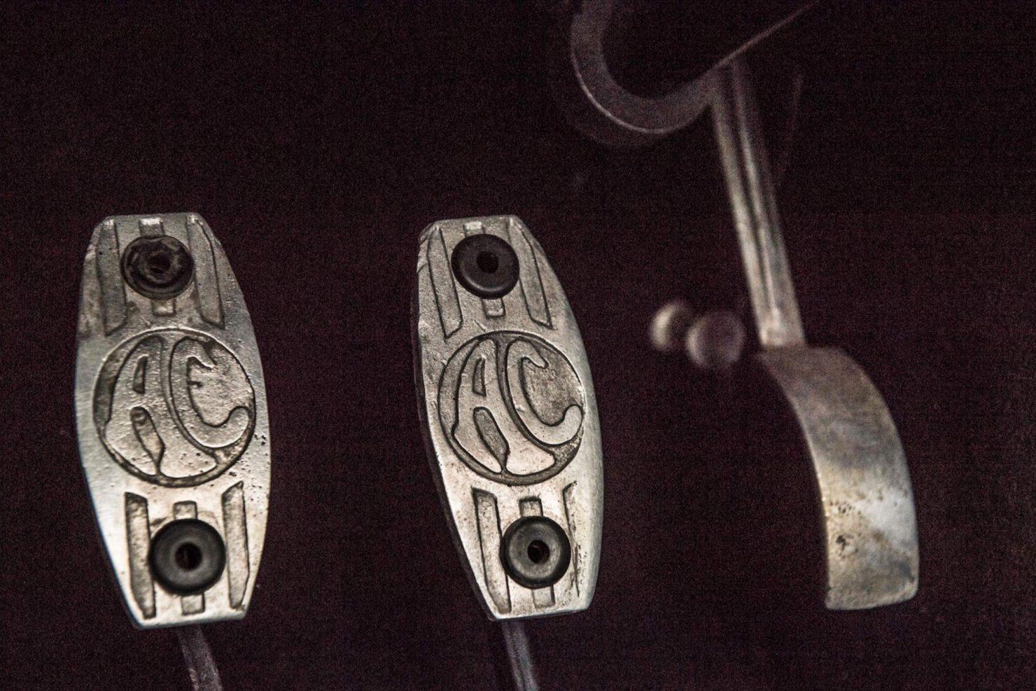 shelby ac cobra 289 14 1480x987 - 1964 Shelby AC Cobra 289