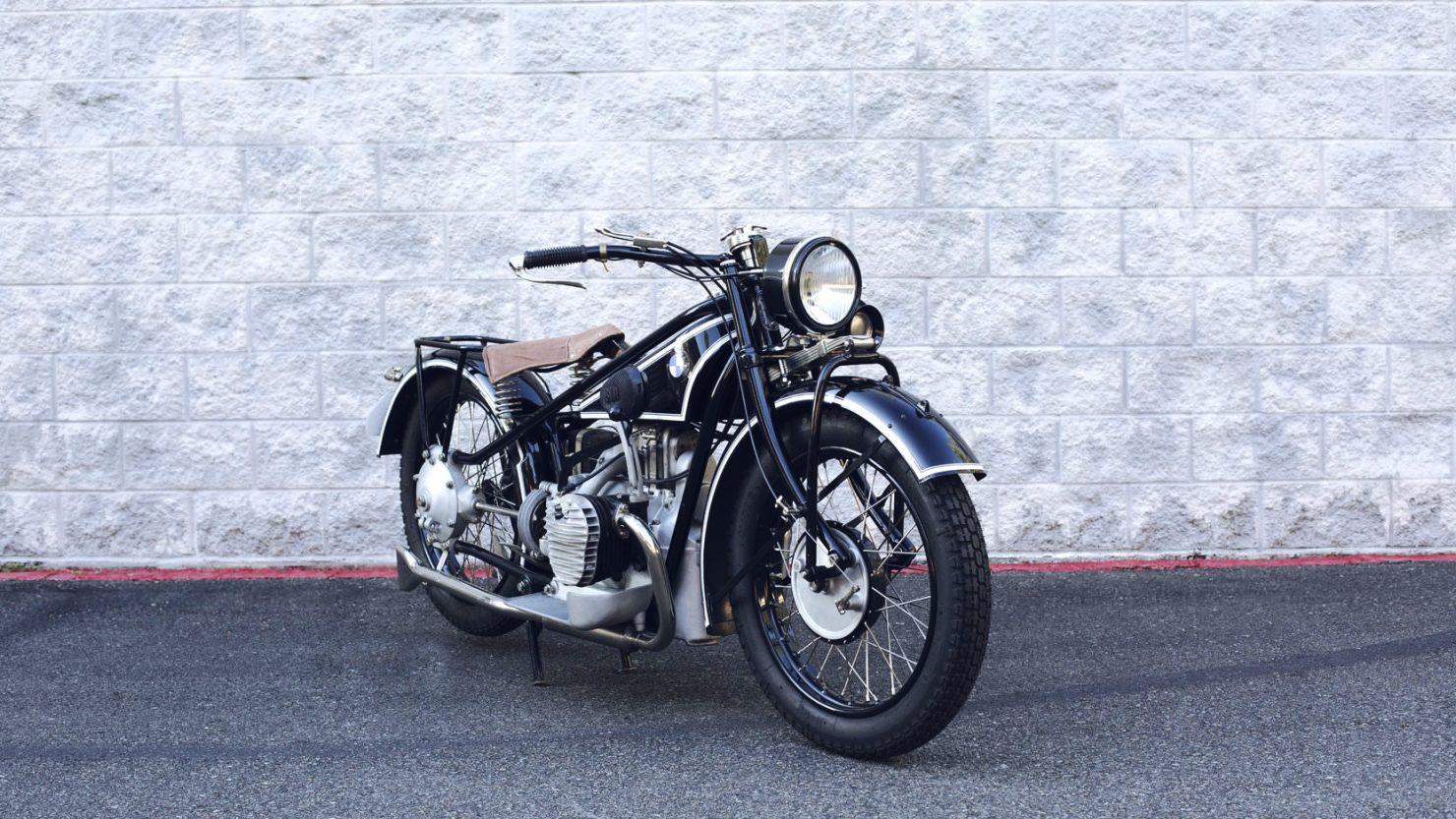 BMW R62 2 1480x833 - 1929 BMW R62
