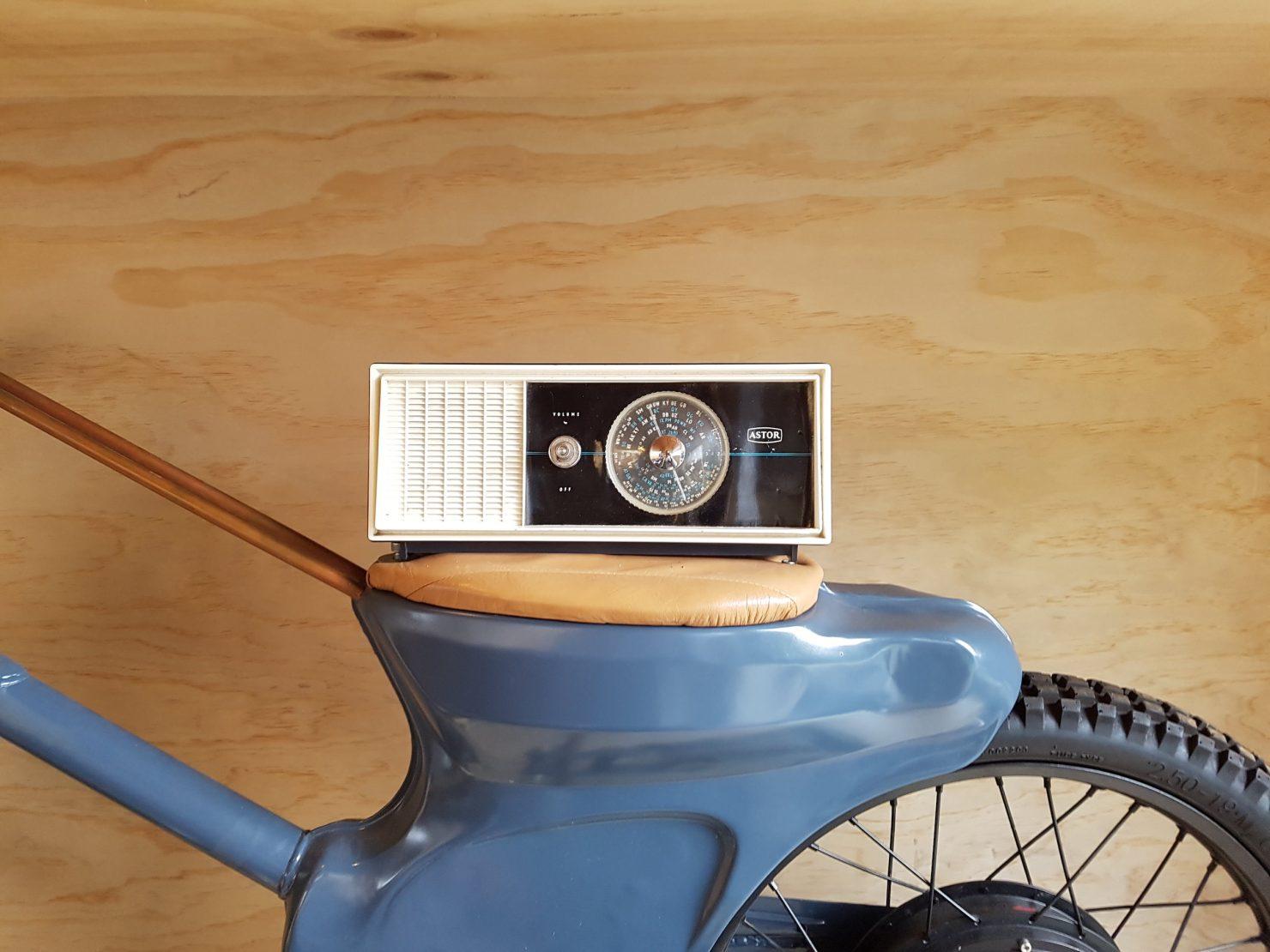 Boe Vintage Radio Bluetooth Speakers 2 1480x1110 - Boe Vintage Radio Bluetooth Speakers