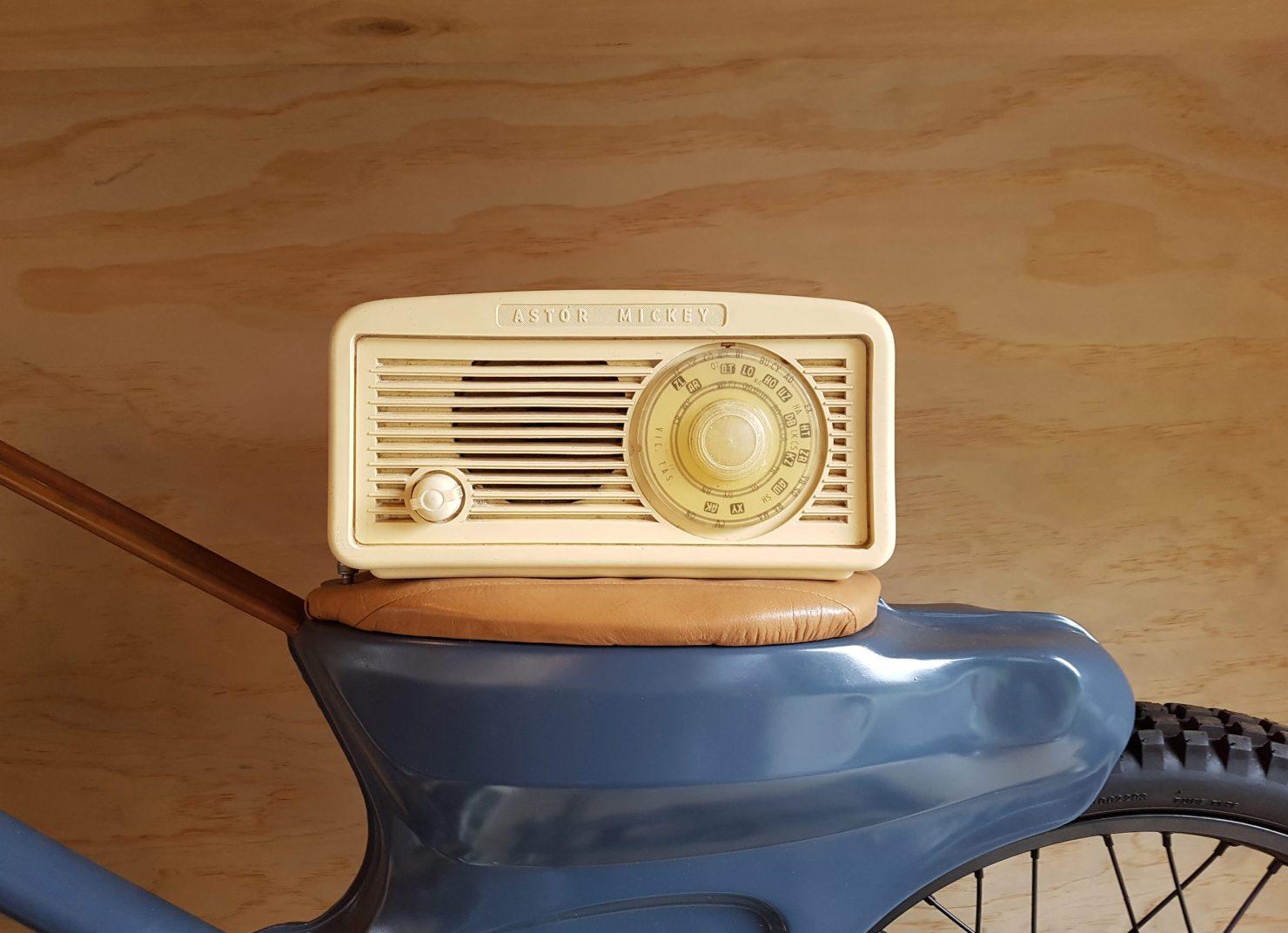 Boe Vintage Radio Bluetooth Speakers 3 1480x1072 - Boe Vintage Radio Bluetooth Speakers