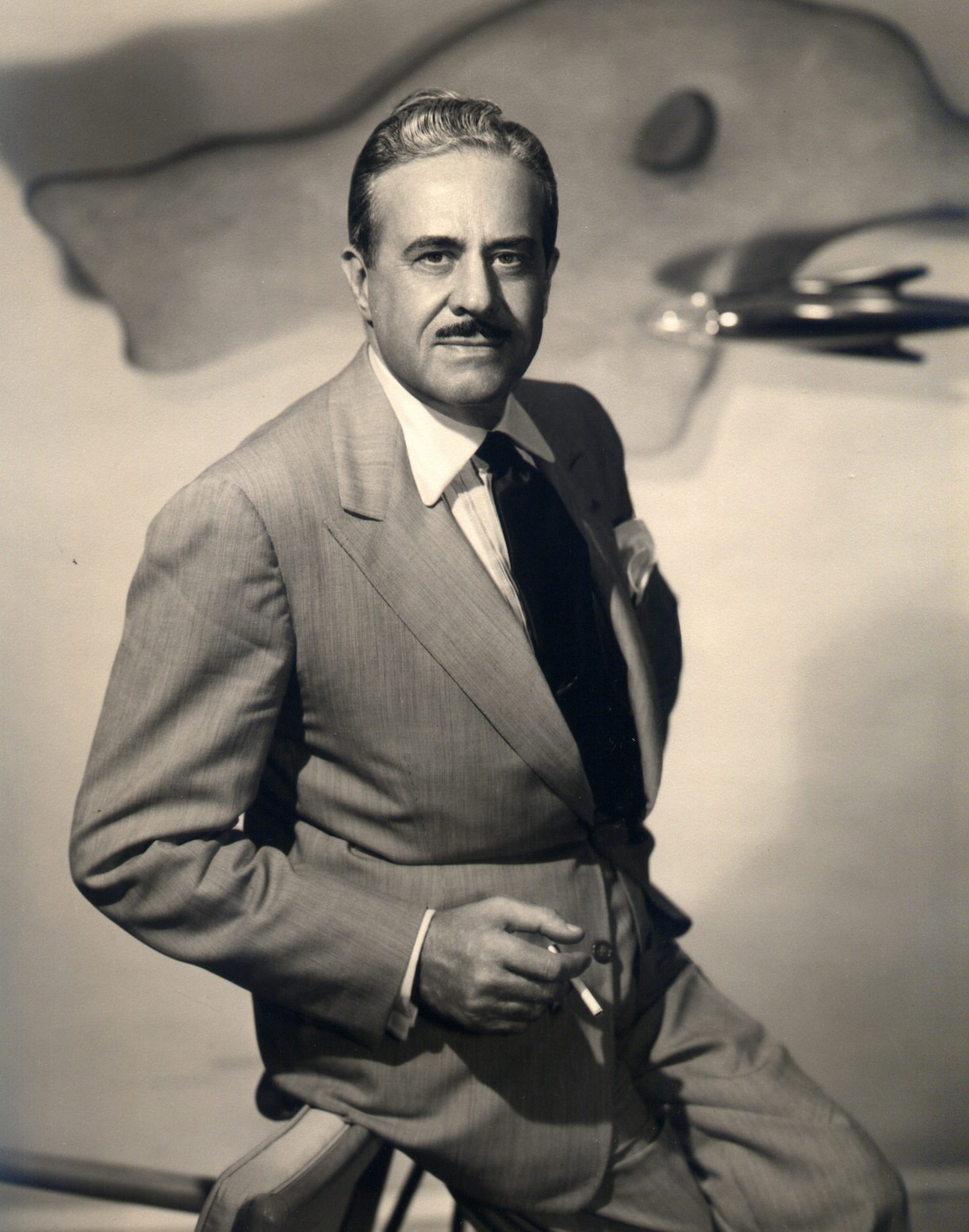 Raymond Loewy 1 1480x1882 - Film - Raymond Loewy: Father of Industrial Design