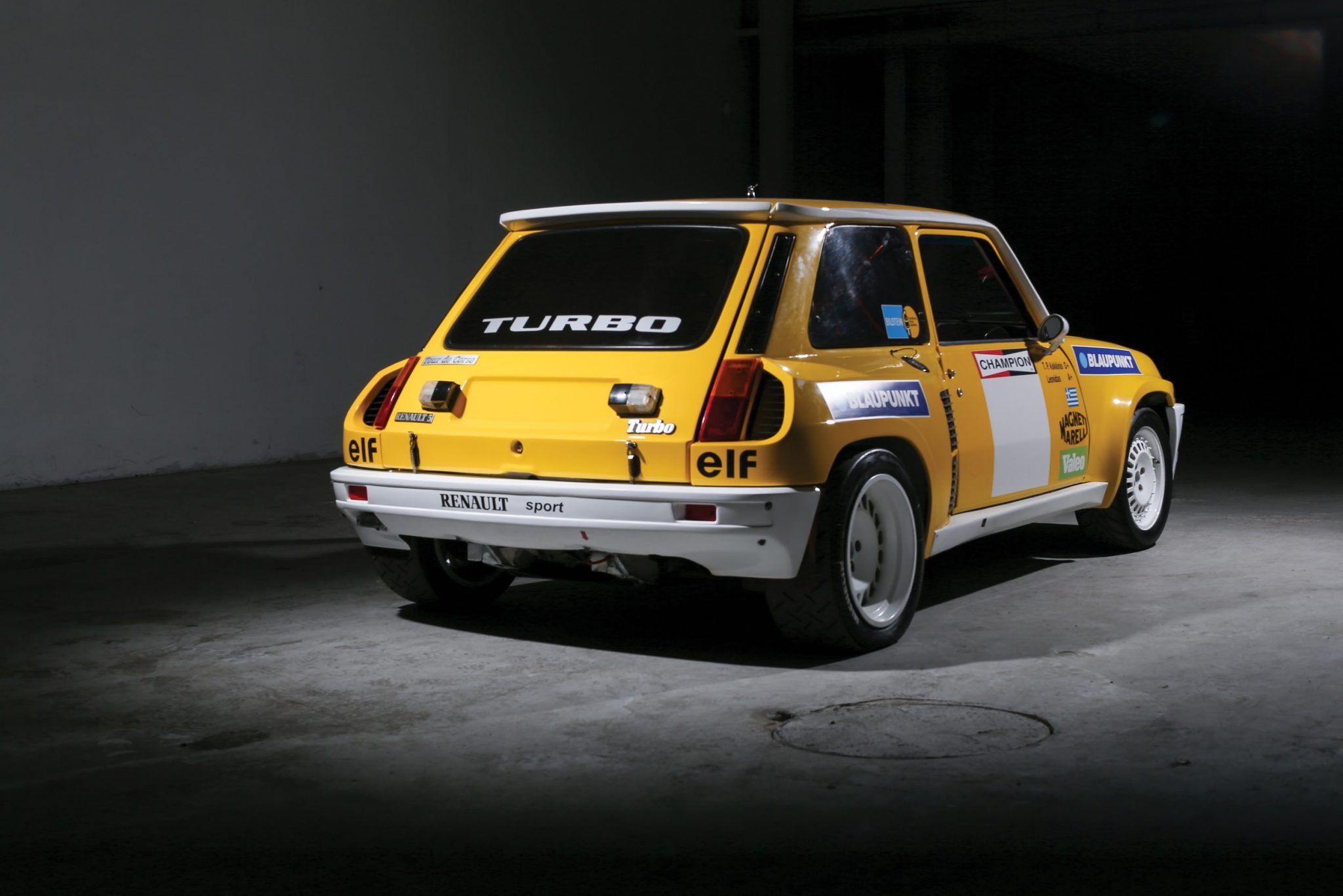 Manolopoulos 2010 Renault 5 Turbo: 1980 Renault 5 Turbo