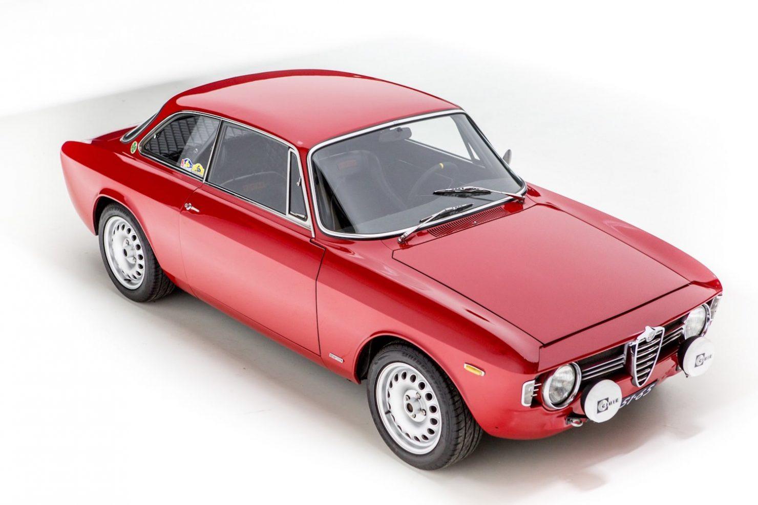 alfa romeo sprint gt veloce 21 1480x987 - 1967 Alfa Romeo Sprint GT Veloce