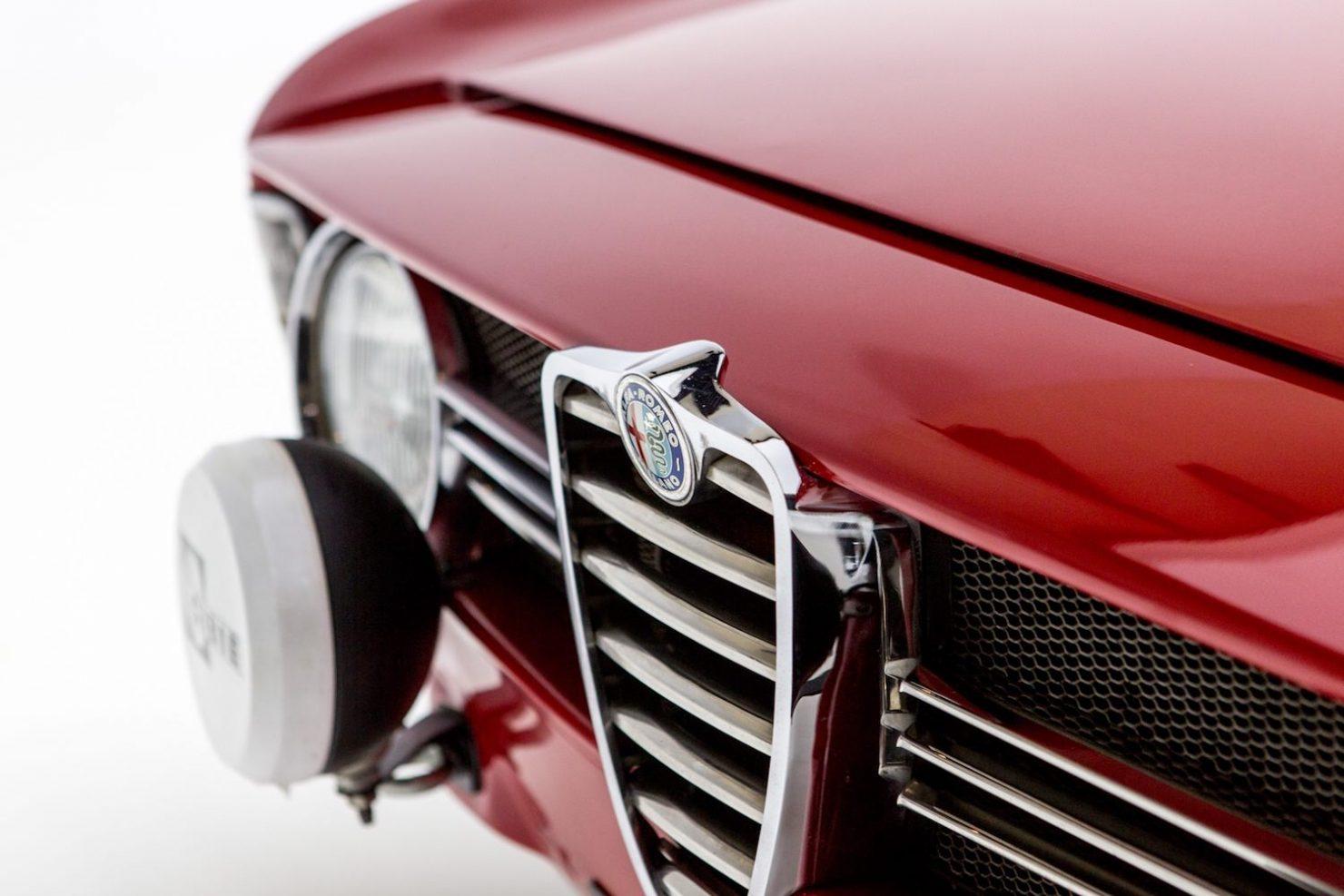 alfa romeo sprint gt veloce 22 1480x987 - 1967 Alfa Romeo Sprint GT Veloce
