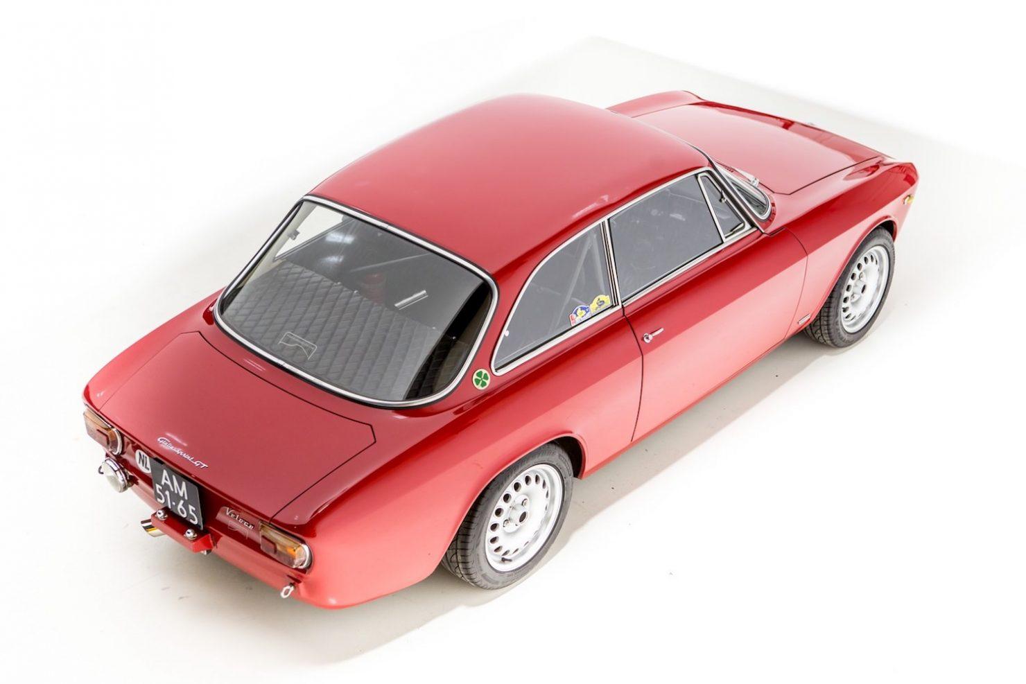 alfa romeo sprint gt veloce 23 1480x987 - 1967 Alfa Romeo Sprint GT Veloce