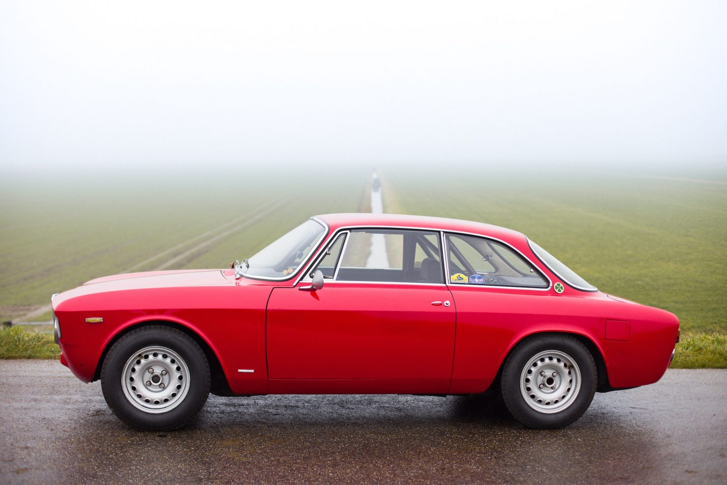 alfa romeo sprint gt veloce 5 1480x987 - 1967 Alfa Romeo Sprint GT Veloce