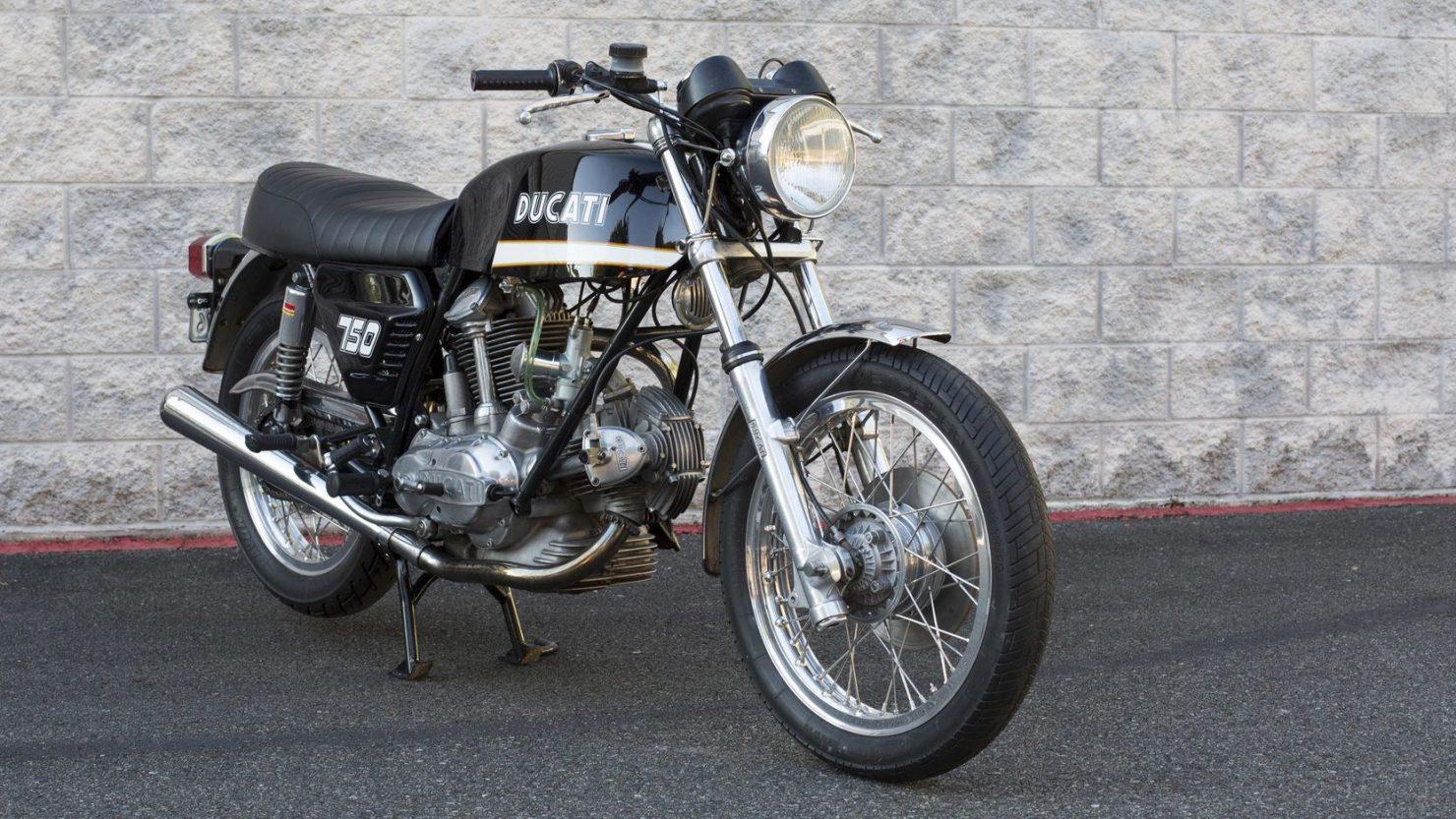 ducati 750gt 3 1480x833 - Original Sandcast 1971 Ducati 750 GT