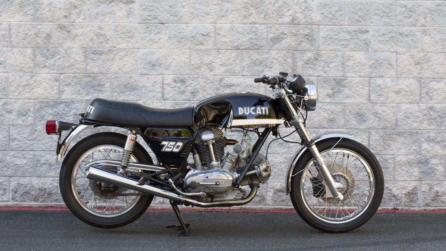 ducati 750gt 5 1480x833 - Original Sandcast 1971 Ducati 750 GT