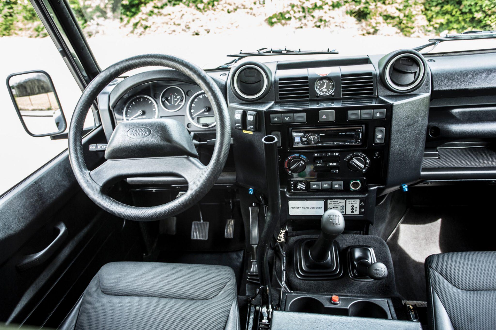 James Bond Spectre Land Rover Defender Svx 3 1480x987 - Ex-James Bond  Spectre