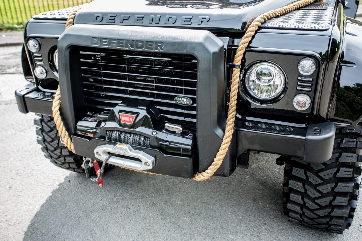 james bond spectre land rover defender svx 5 1480x987 - Ex-James Bond Spectre - Land Rover Defender SVX