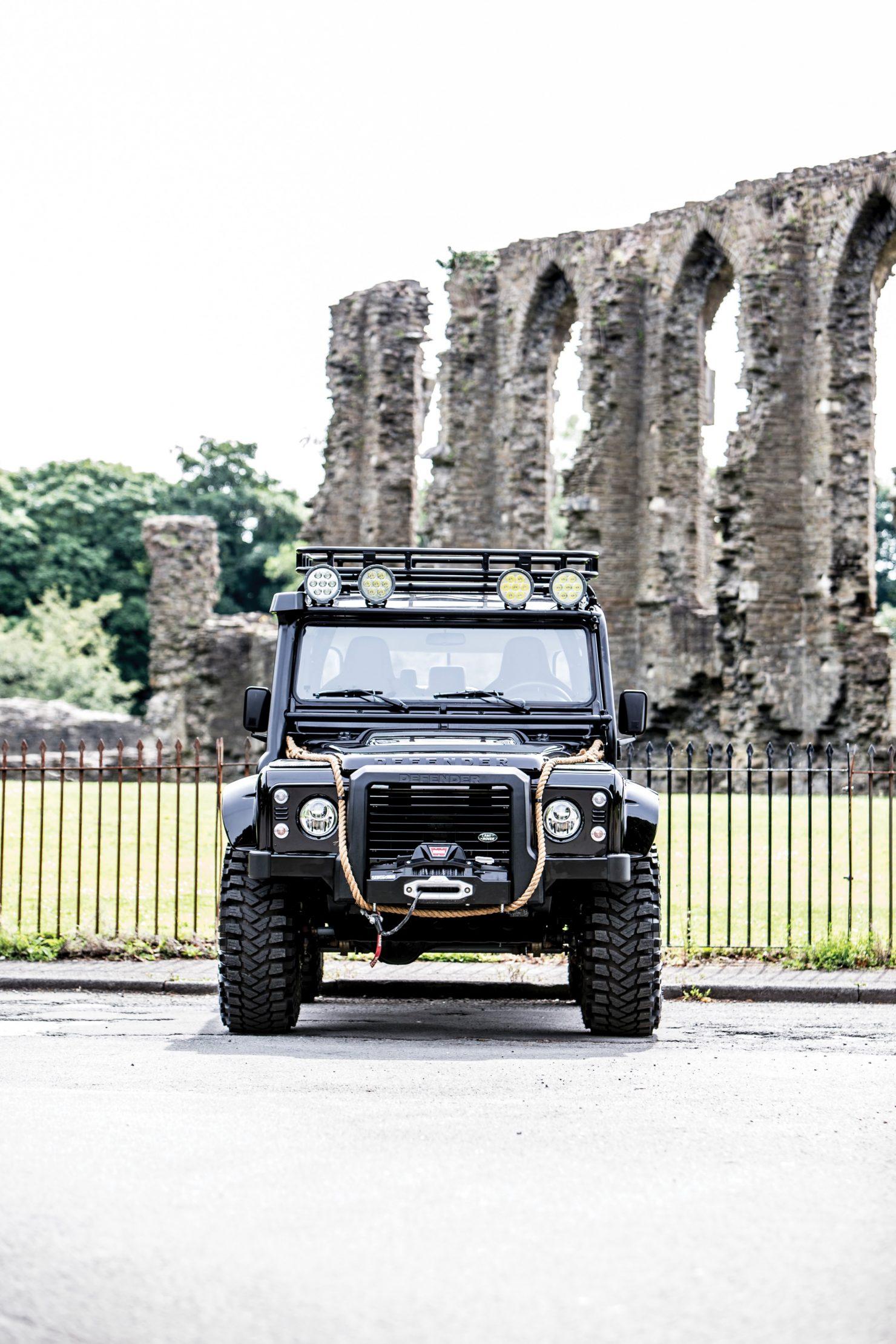 james bond spectre land rover defender svx 7 1480x2220 - Ex-James Bond Spectre - Land Rover Defender SVX