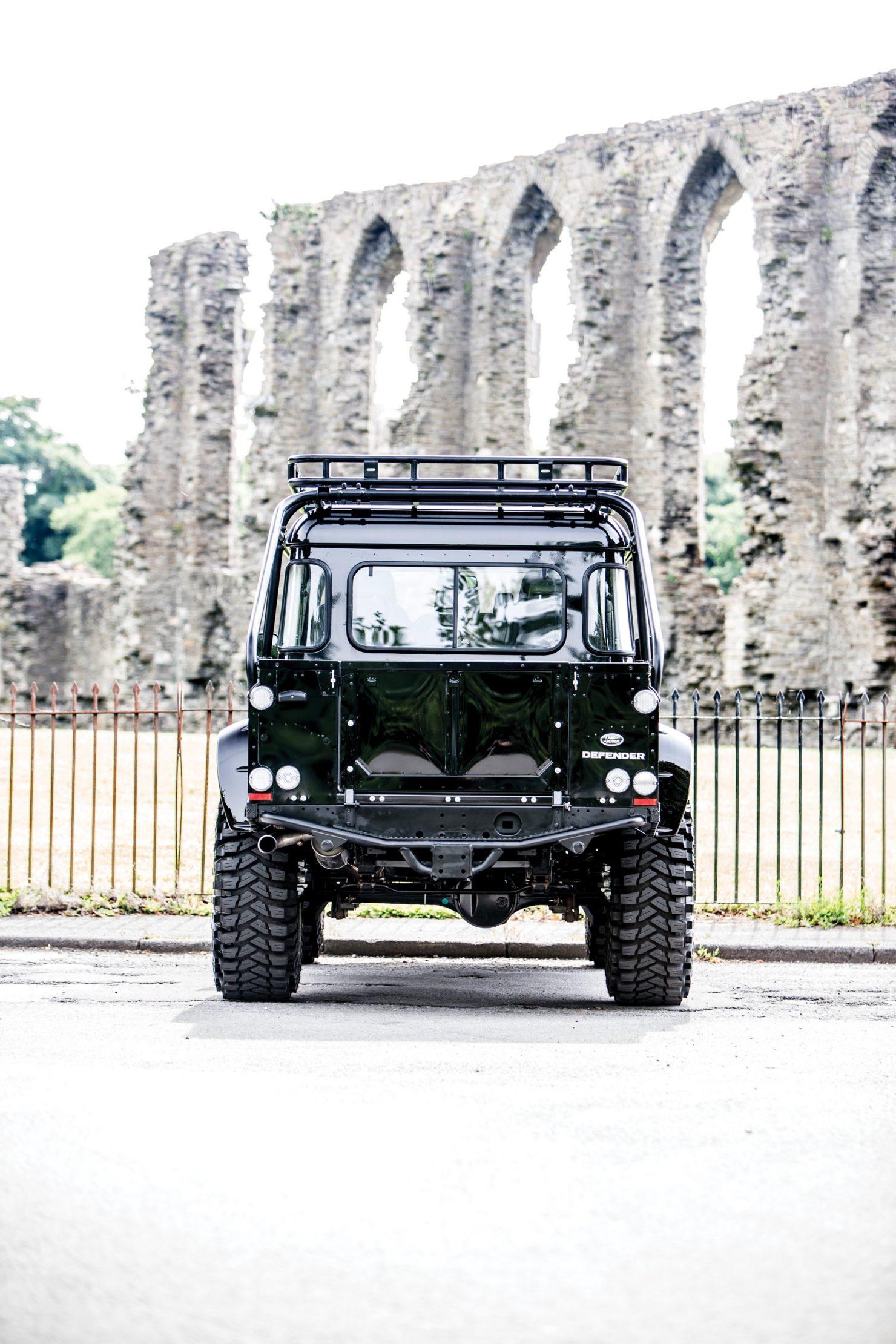 james bond spectre land rover defender svx 8 1480x2220 - Ex-James Bond Spectre - Land Rover Defender SVX