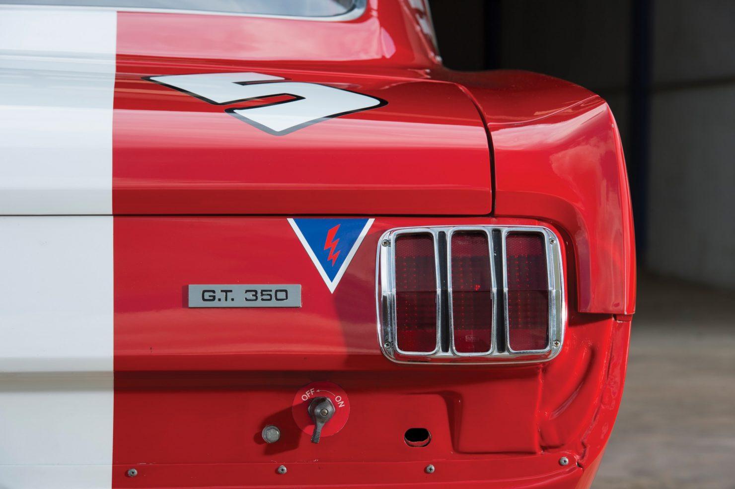 shelby gt350 race car 14 1480x985 - 1966 Shelby GT350 - Period SCCA Race Car