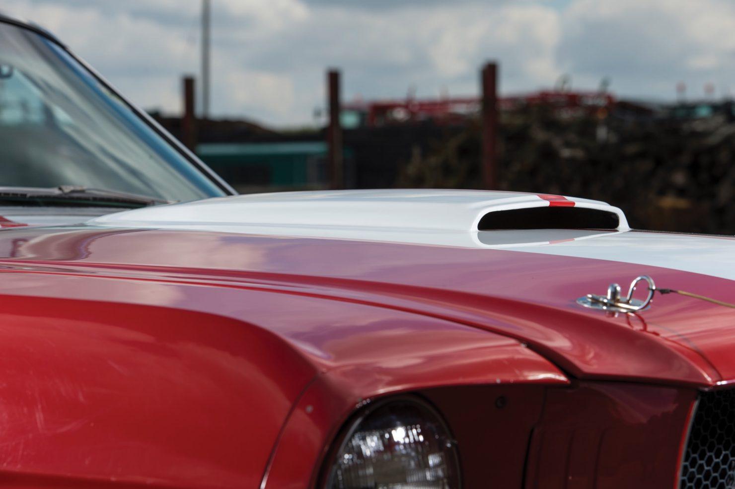 shelby gt350 race car 16 1480x985 - 1966 Shelby GT350 - Period SCCA Race Car