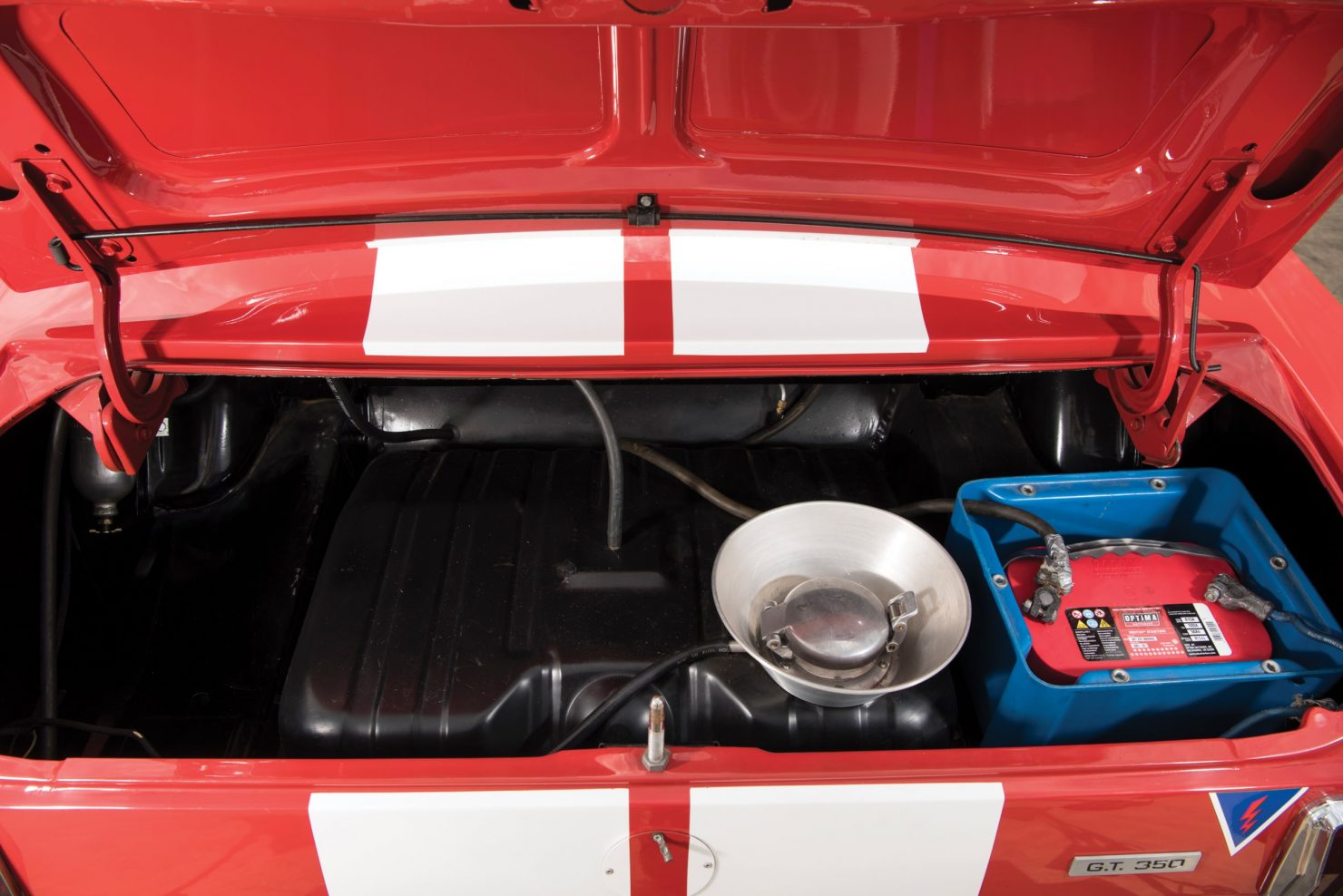 shelby gt350 race car 19 1480x988 - 1966 Shelby GT350 - Period SCCA Race Car