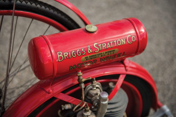 Briggs Stratton Motor Wheel Powered Bicycle 4 740x494 - Briggs & Stratton Motor Wheel Bicycle