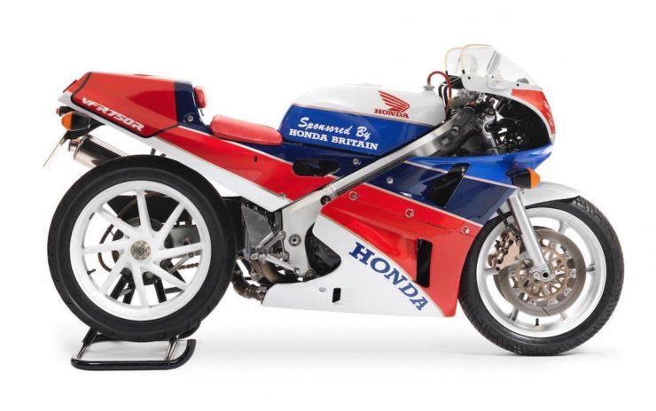 Honda VFR750R K Type RC30 1 740x464 - 1989 Honda VFR750R Type RC30