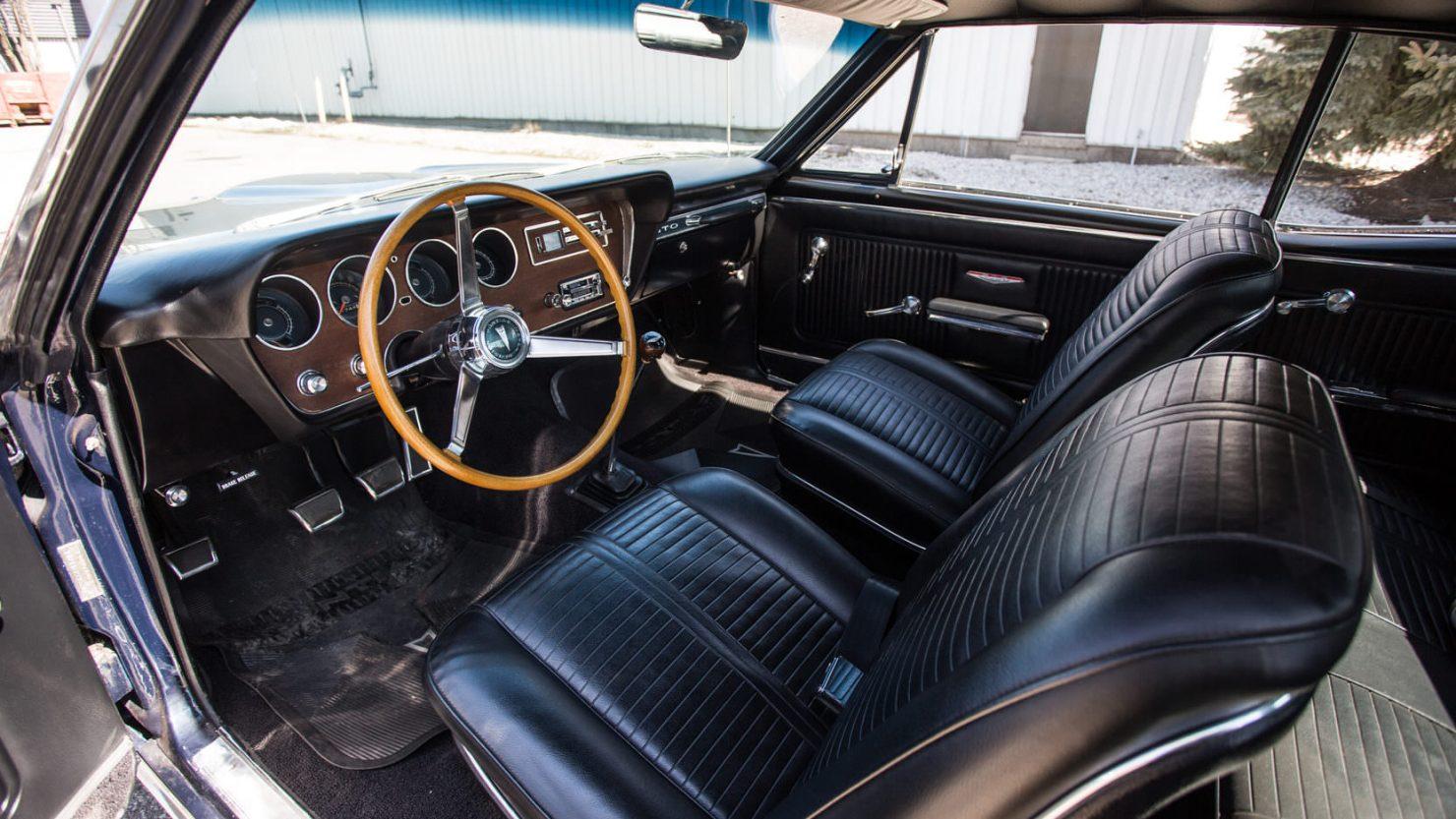 1966 Pontiac GTO Tri-Power