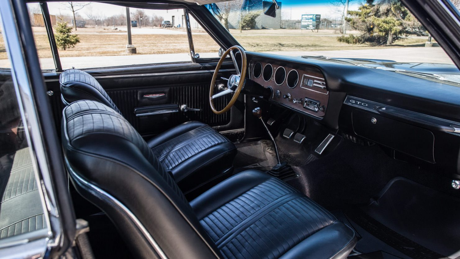 Pontiac GTO Tri Power 4 1480x833 - 1966 Pontiac GTO Tri-Power