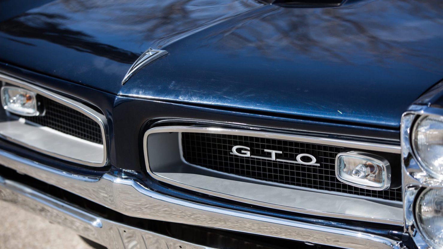 Pontiac GTO Tri Power 8 1480x833 - 1966 Pontiac GTO Tri-Power