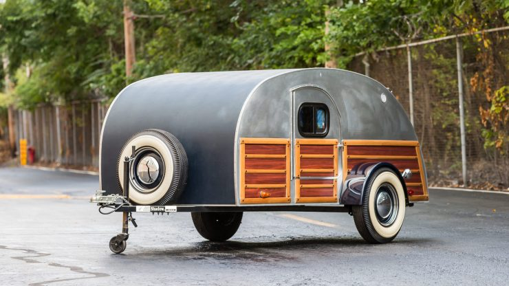 Teardrop Camper Trailer 10 740x416 - 1948 Packard Eight Station Sedan & Teardrop Camper