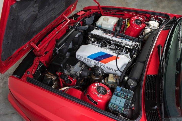 BMW M3 CAR 5 740x494 - 1988 BMW E30 M3 EVO 2