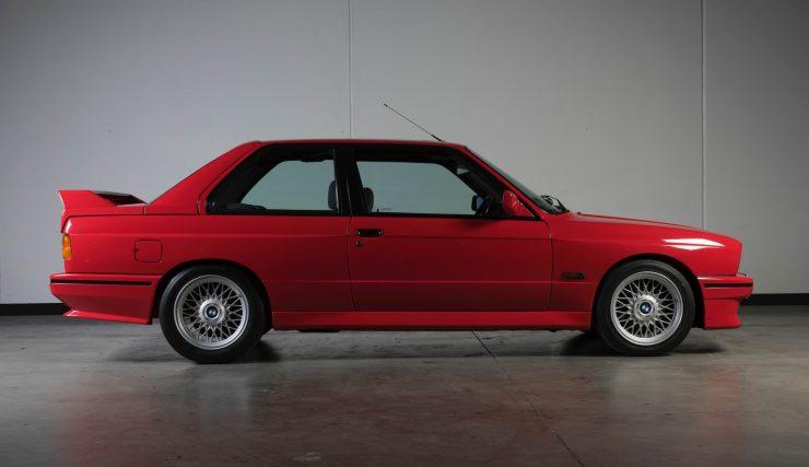 BMW M3 CAR 7 740x427 - 1988 BMW E30 M3 EVO 2