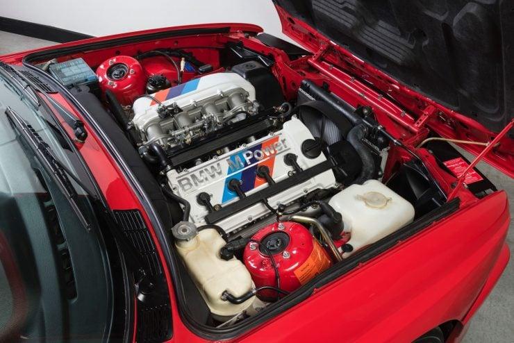 BMW M3 CAR 8 740x494 - 1988 BMW E30 M3 EVO 2