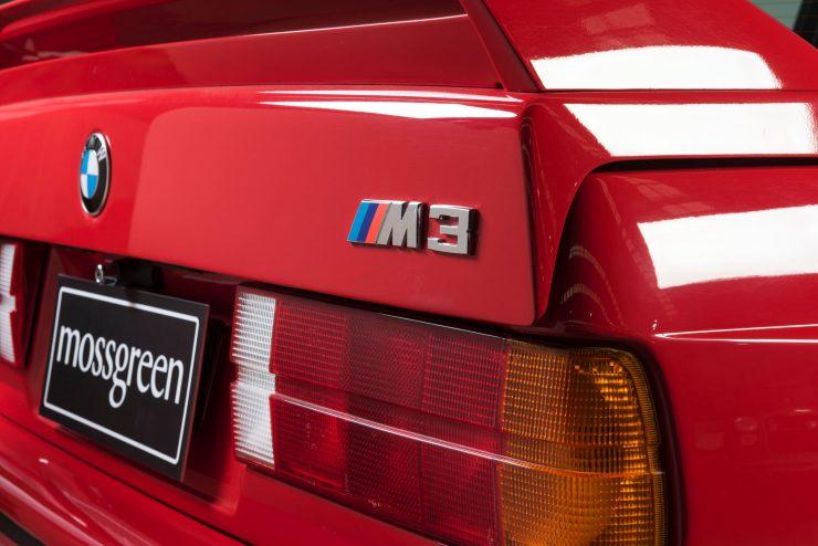 BMW M3 CAR 9 740x494 - 1988 BMW E30 M3 EVO 2