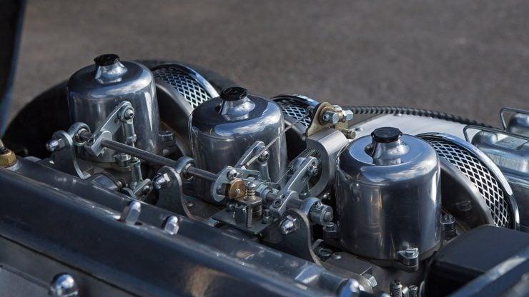 """Burlen SUi Fuel Injection Carburetor 740x416 - Burlen SUi Fuel Injection """"Carburettor"""""""