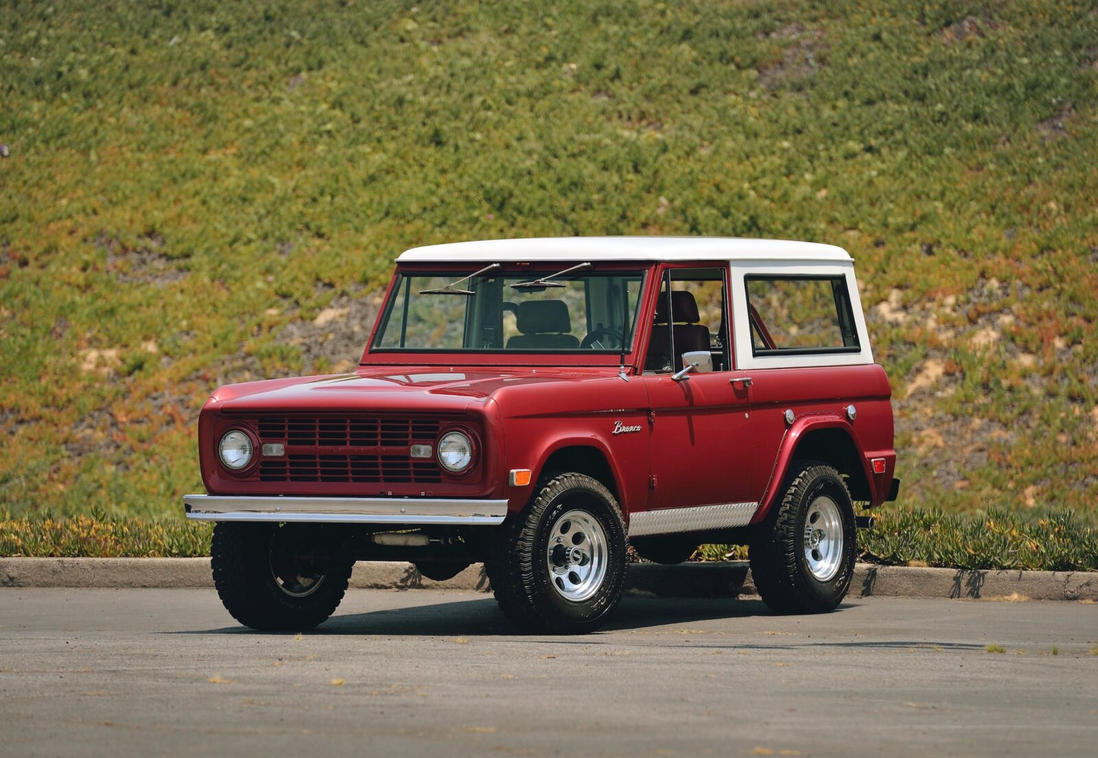 Ford Bronco 4x4 Car 1600x1105 - Restomod: 1968 Ford Bronco 302 V8
