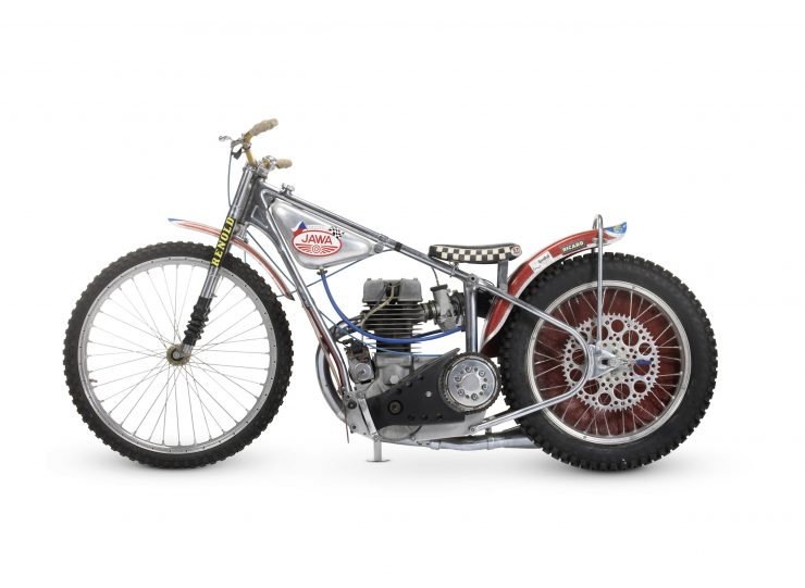Jawa Speedway Racing Motorcycle 8 740x541 - 1977 Speedway World Championship Final Winning Jawa Racer