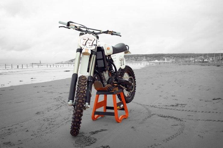 KTM Custom Motorcycle Retro 2 740x493 - Retro Racer: KTM 400 EXC-R