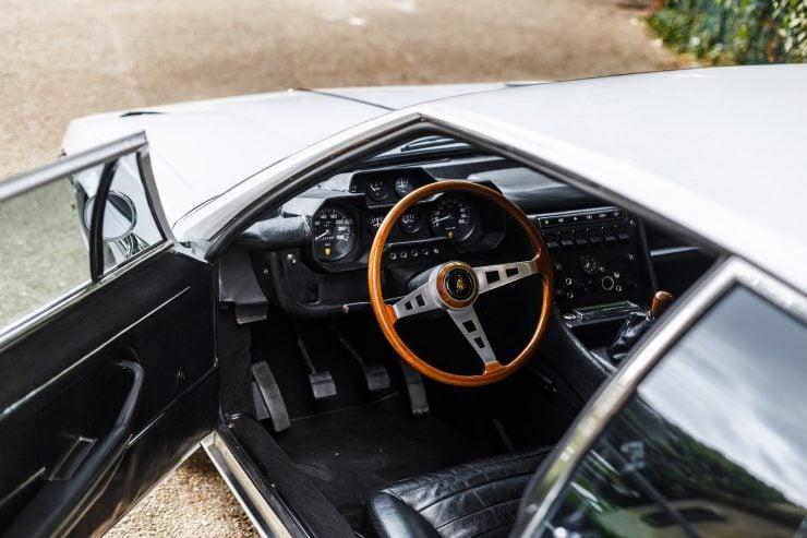 Lamborghini Espada 17 740x493 - 1968 Lamborghini Espada