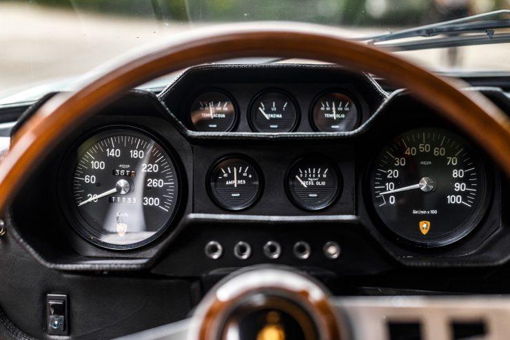Lamborghini Espada 19 740x493 - 1968 Lamborghini Espada