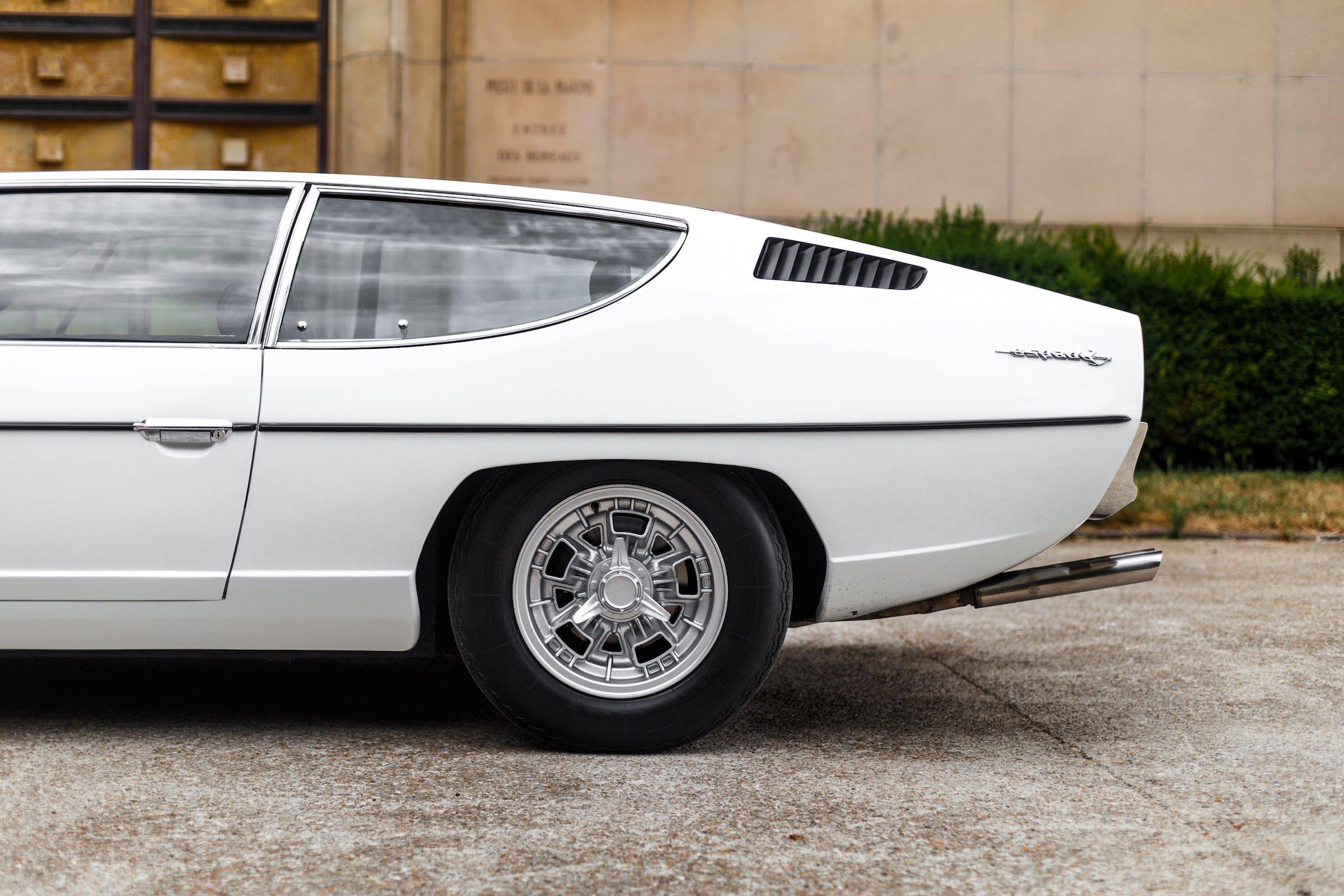 https://silodrome.com/wp-content/uploads/2017/10/Lamborghini-Espada-4.jpeg