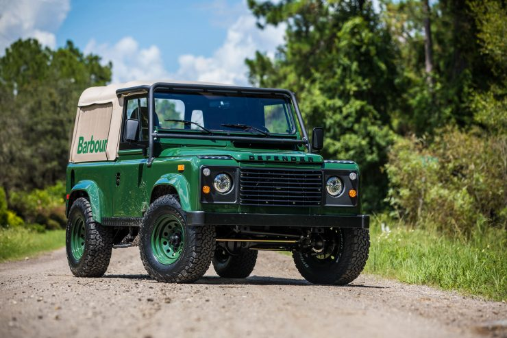 Land Rover Defender Custom 4x4 Car 4 740x493 - Project Barbour by East Coast Defender