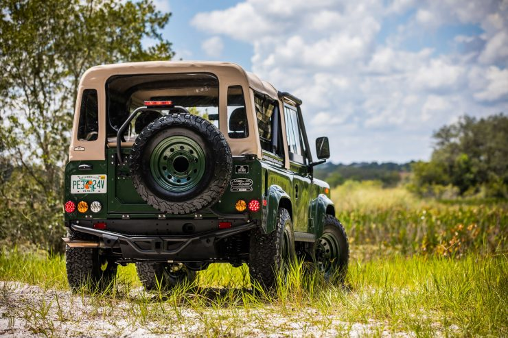 Land Rover Defender Custom 4x4 Car 6 740x493 - Project Barbour by East Coast Defender