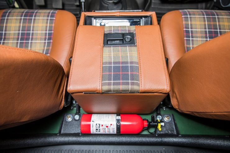 Land Rover Defender Custom 4x4 Car 7 740x493 - Project Barbour by East Coast Defender