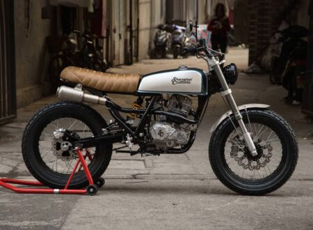 Shanghai Customs Scrambler Motorcycle 450x330 - Shanghai Customs Scrambler