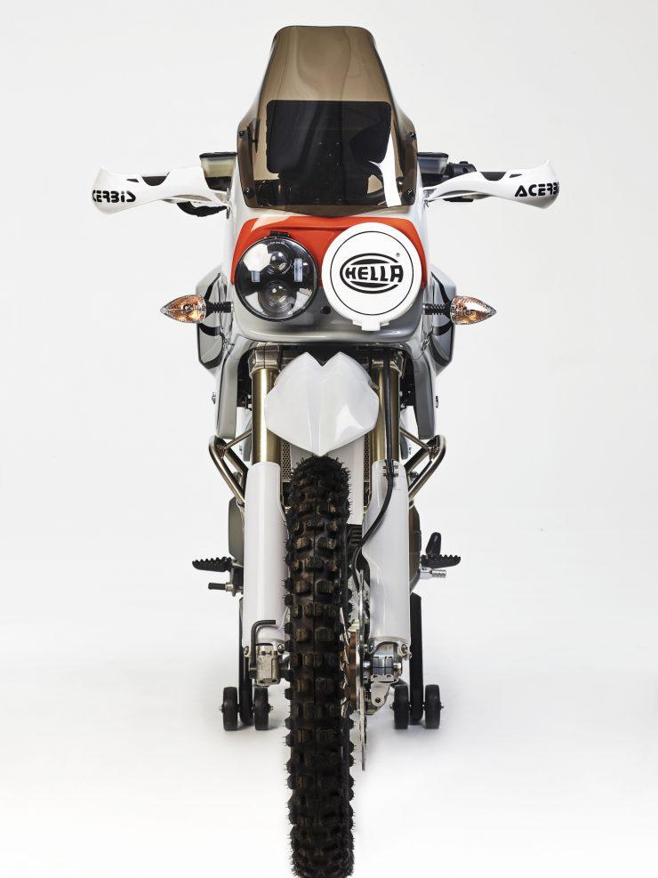 Walt Siegl LAvventura Ducati Motorcycle 1 740x987 - Walt Siegl L'Avventura