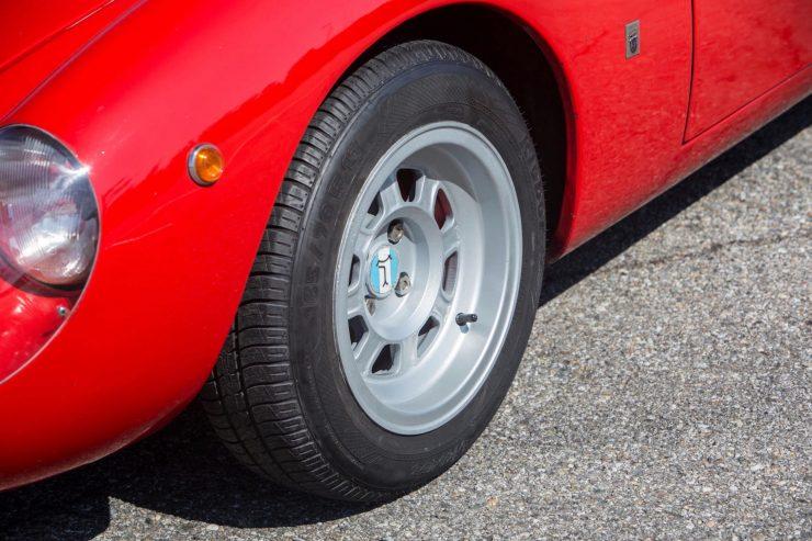 de tomaso vallelunga car 20 740x493 - 1967 De Tomaso Vallelunga