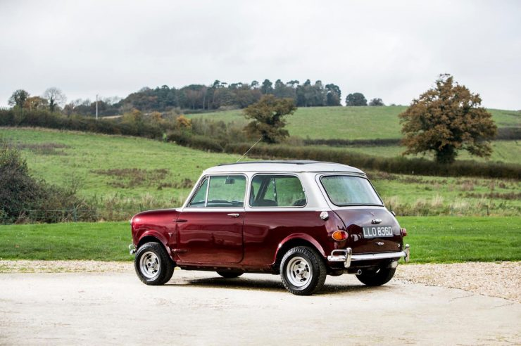 mini cooper s car 15 740x492 - Ringo Starr's Mini Cooper S