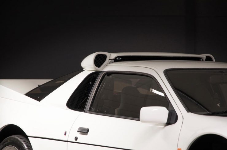 Ford RS200 12 740x490 - 1986 Ford RS200 Evolution Group B