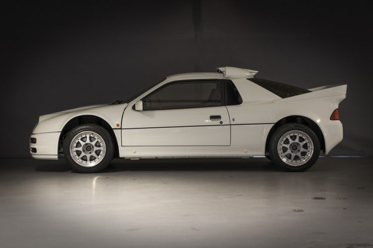 Ford RS200 7 740x493 - 1986 Ford RS200 Evolution Group B